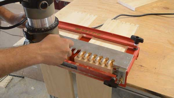 How To Use Dovetail Jig