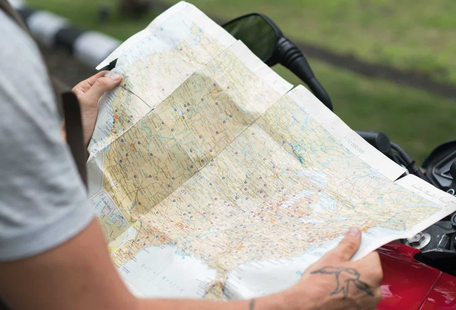 Holding and nagivating a map