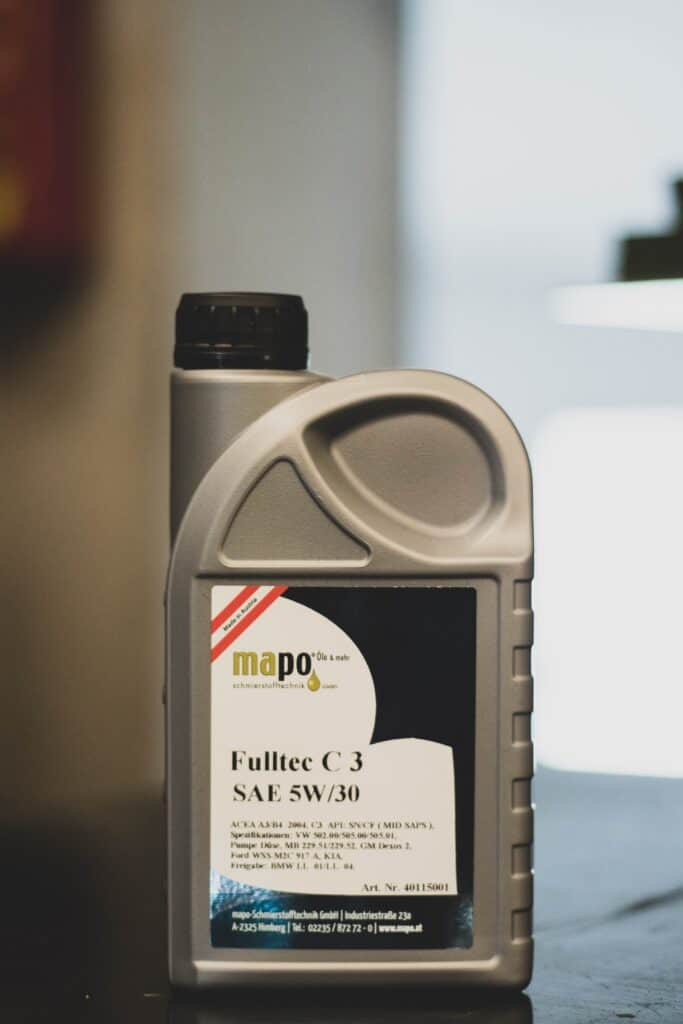 An oil container of 5w30